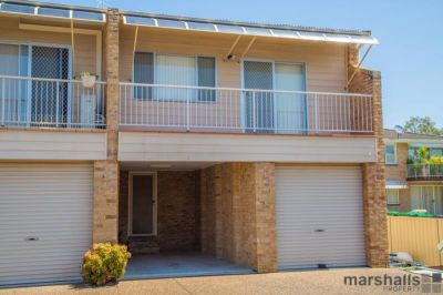 GREAT TOWNHOUSE IN BEAUTIFUL MARKS POINT