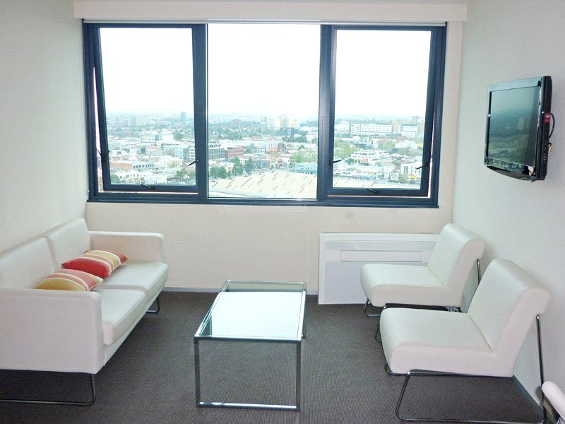 City Tempo: 27th Floor - Furnished Studio in the Heart of Melbourne!