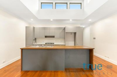 RENOVATED DESIGNER HOME IN PRIME LOCALE - HAS JUST BEEN FRESHLY PAINTED