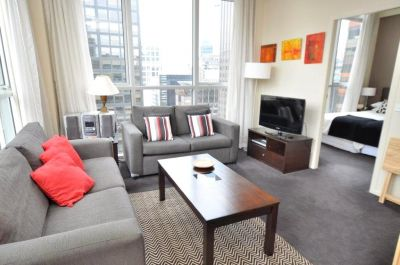 Spacious One Bedroom Apartment With Great Views!
