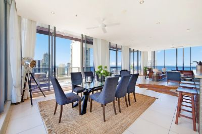 Stunning, Full Floor Penthouse with Impressive 270 Degree Views!