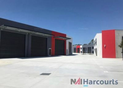 Near New Industrial Unit  - Close to the M1 Motorway
