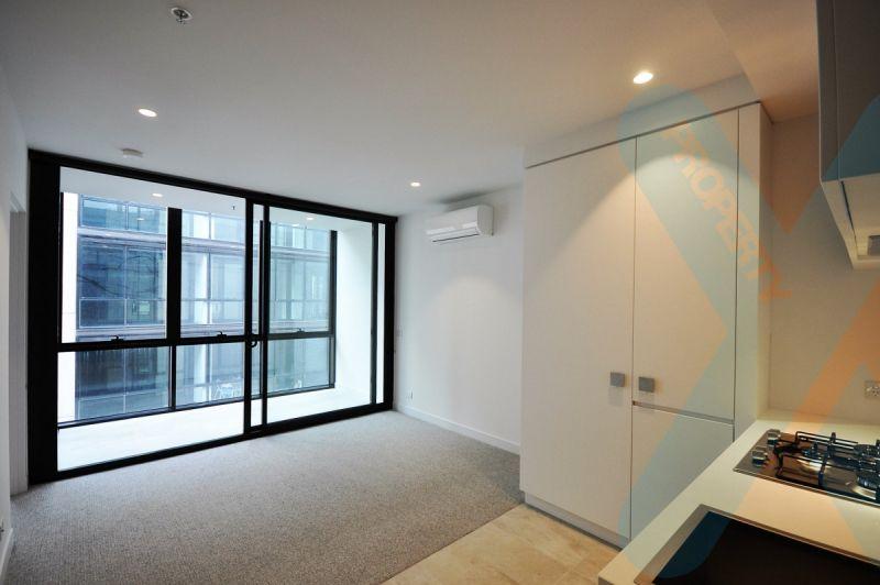 Modern 1 Bedroom Apartment