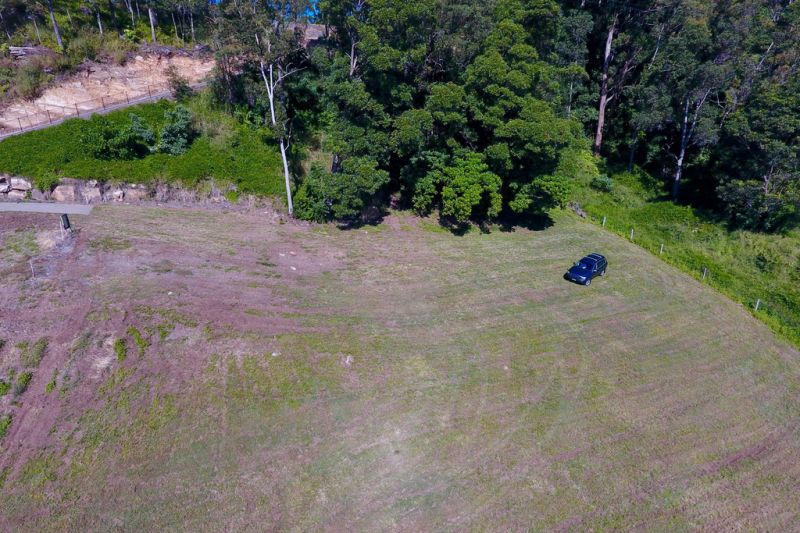 A choice of 4 x cleared 1.5 acre lots, North facing vally views, House and land packages from $655k