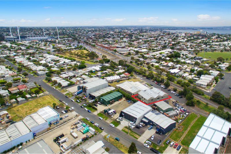 9B Strong Street South Geelong