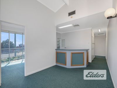 LIGHT FILLED OFFICE/MEDICAL OPPORTUNITY WITH EXPOSURE!