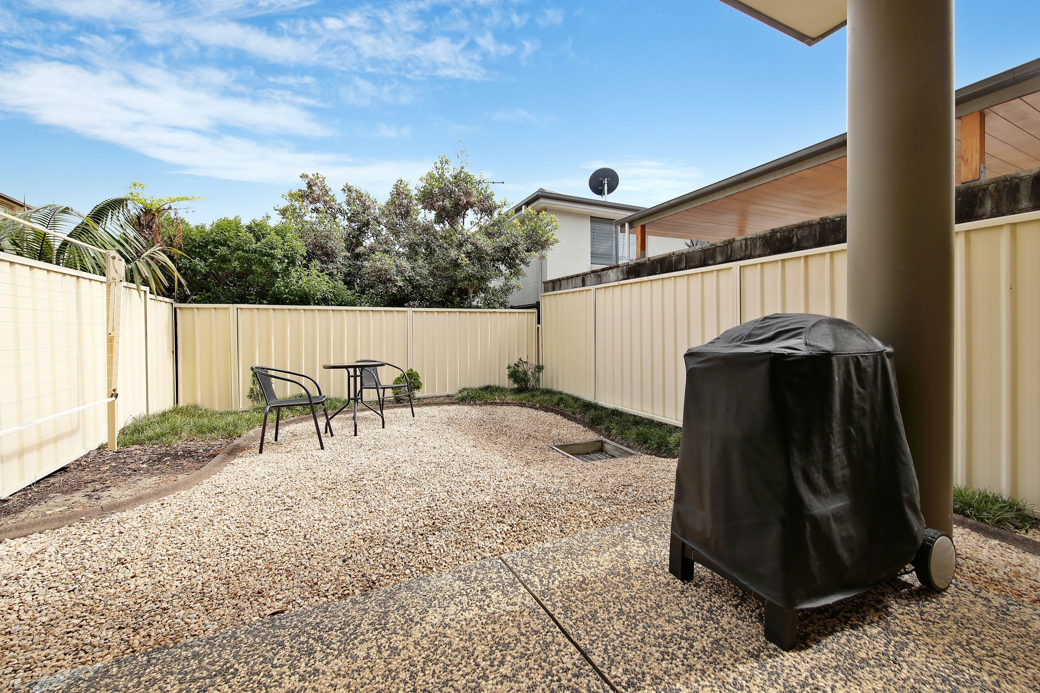 2/5 Rowlands Street, Merewether