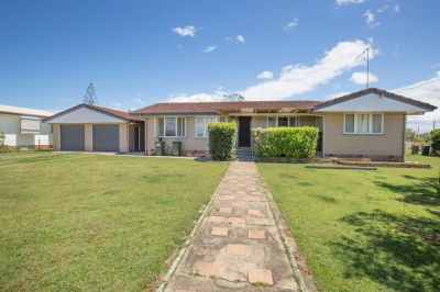 SOLID 4 BEDROOM HOME ON 938M2 BLOCK WITH LARGE SHED & OUTDOOR AREA….