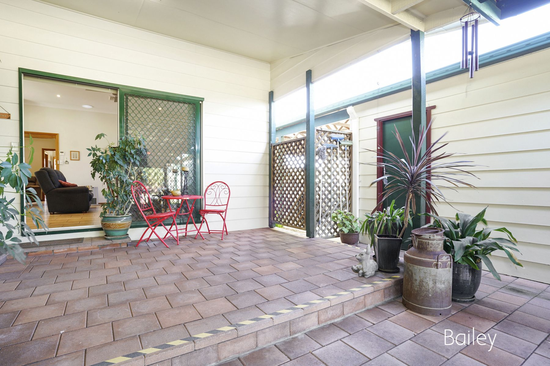17 Orchard Avenue, Singleton