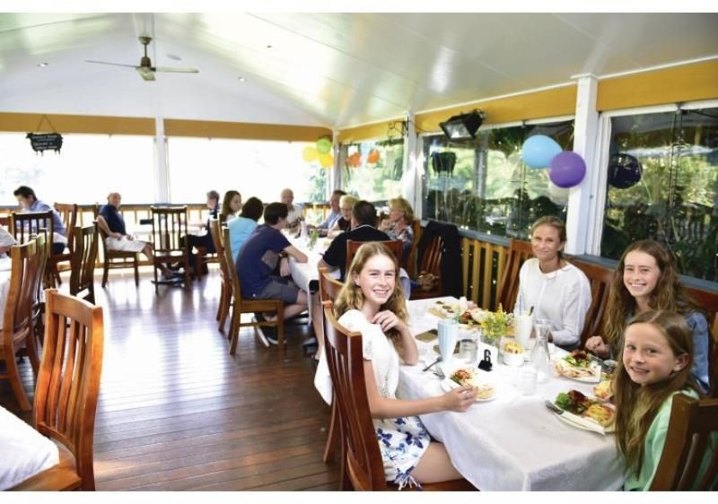Iconic Cafe and Retail business in Tourist Hot Spot -Montville