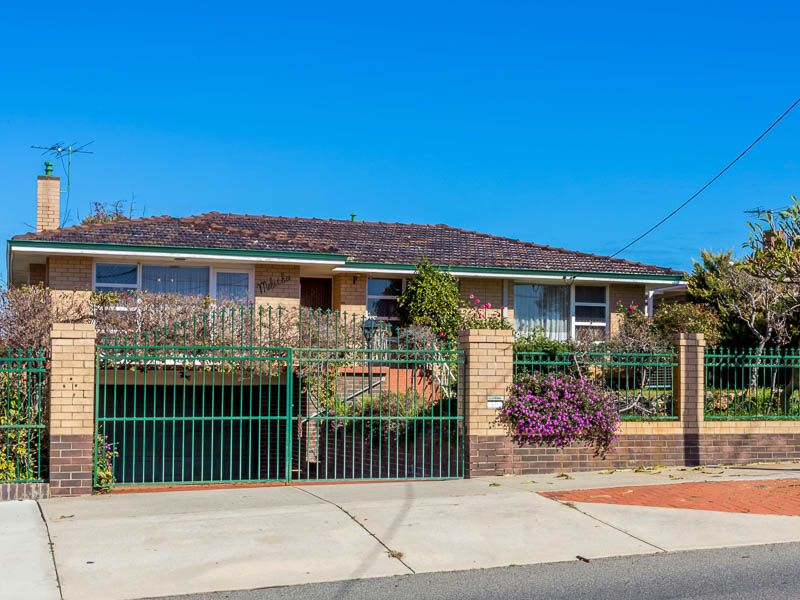 FAMILY HOME IDEALLY LOCATED ...