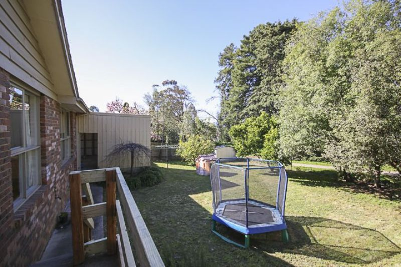For Sale By Owner: 20 Kingswood Drive, Chirnside Park, VIC 3116