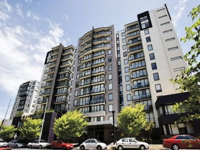 Melbourne Condos: 2nd Floor - Large Private Terrace!