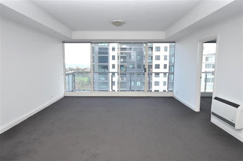 The Boulevarde: 14th Floor - Spacious and Stunning Three Bedroom Beauty!