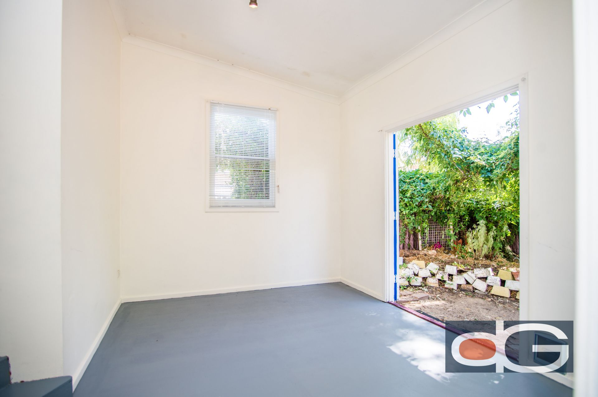 18 Lilly Street, South Fremantle
