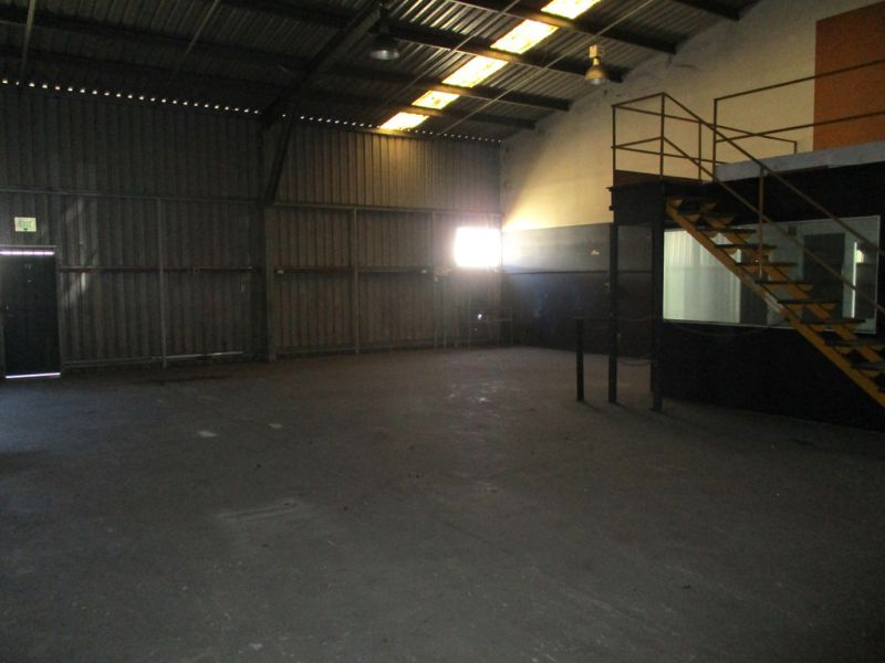 Light Industrial Warehouses (256sqm* ) Very Affordable Leases