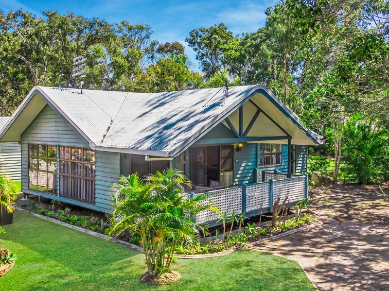 1/415-417 Boat Harbour Drive Torquay, Qld