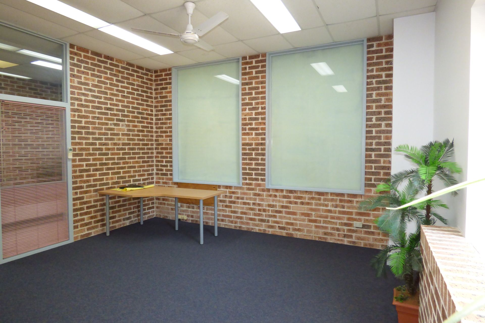 SELF CONTAINED, WELL PRESENTED OFFICE