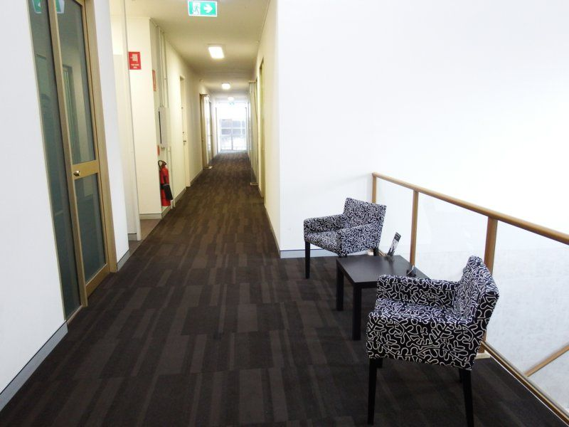 SINGLE OFFICE SPACE LOCATED IN THE HEART OF GOSFORD!!