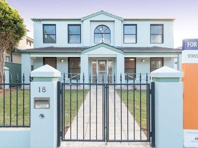 Grand Family Home – Convenient Northbridge Location