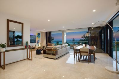 FIVE-STAR AMBIENCE, A VERY SPECIAL BEACH HOME RESIDENCE