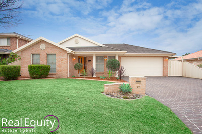 17 Beachcomber Place, Chipping Norton