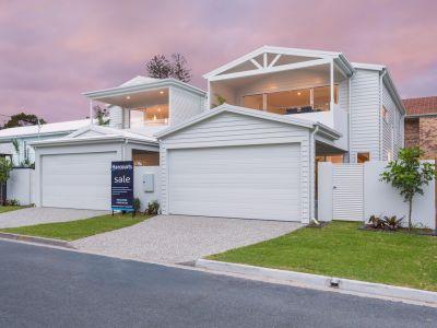 Brand New Free-Standing Hamptons Inspired Home