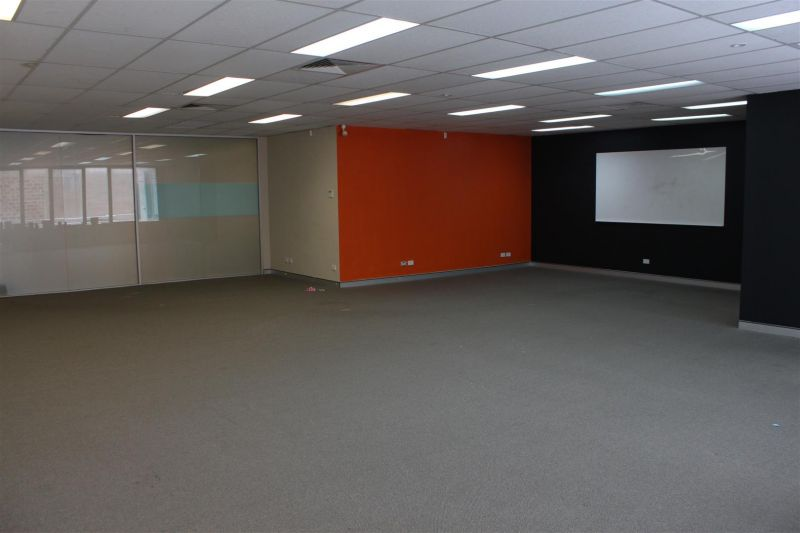 LEASED BY RYAN MCMAHON & CARL PEARCE - 110M² OFFICE ON FOREST ROAD