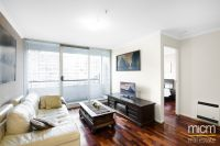 Don't Miss This Picturesque St Kilda Road Retreat!