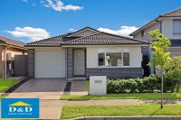 APPLICATION APPROVED - Elegant 3 Bedroom Home. Ducted Air-Conditioning  Neat Sunny backyard. Quiet location 5 minutes' walk to shops and bus stop