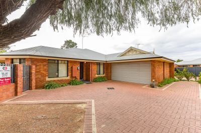 1/2 Nuytsia Avenue, Carey Park,