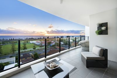 BEST VALUE IN BROADBEACH! MUST BE SOLD!