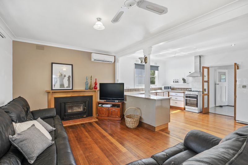 39 Wallace Street Meredith