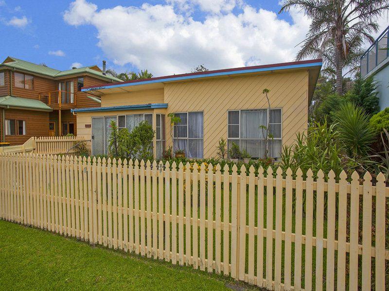 30 Kurraba Road, Woonona NSW