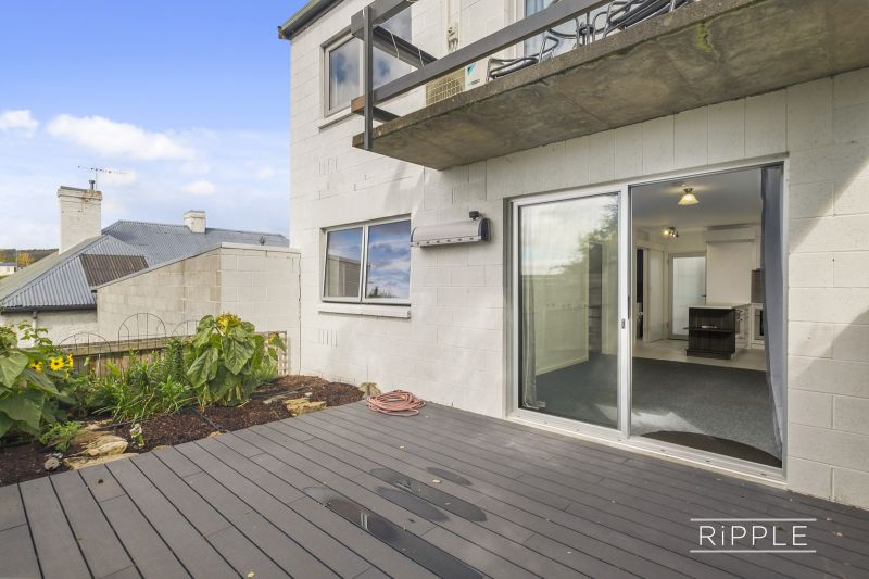 Stunning 1 bedroom apartment in a fabulous central location!
