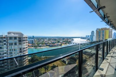 Sensational Circle on Cavill - 12th Floor River Views