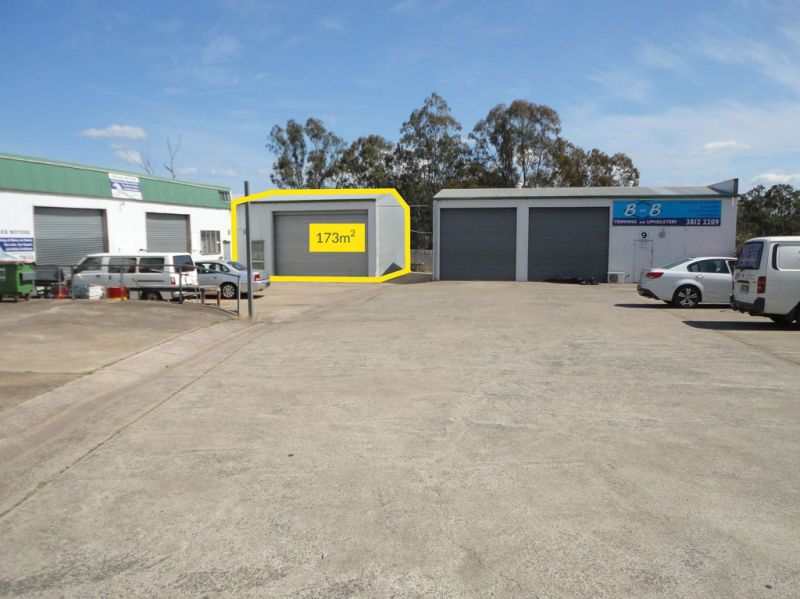 173m2* Shed – High profile location