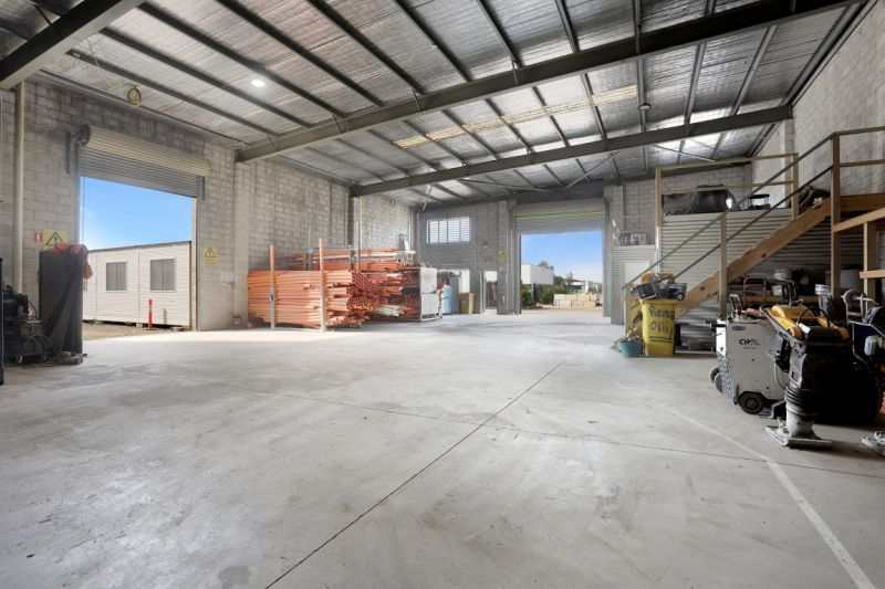 FUNCTIONAL AFFORDABLE INDUSTRIAL SPACE