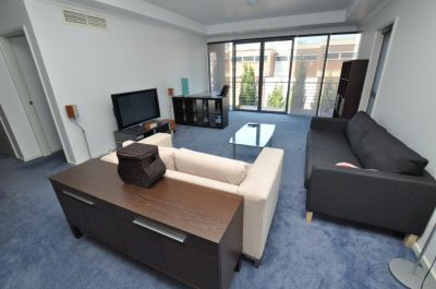 Southbank Royale: 3rd Floor - FURNISHED - Move To Southbank Today!