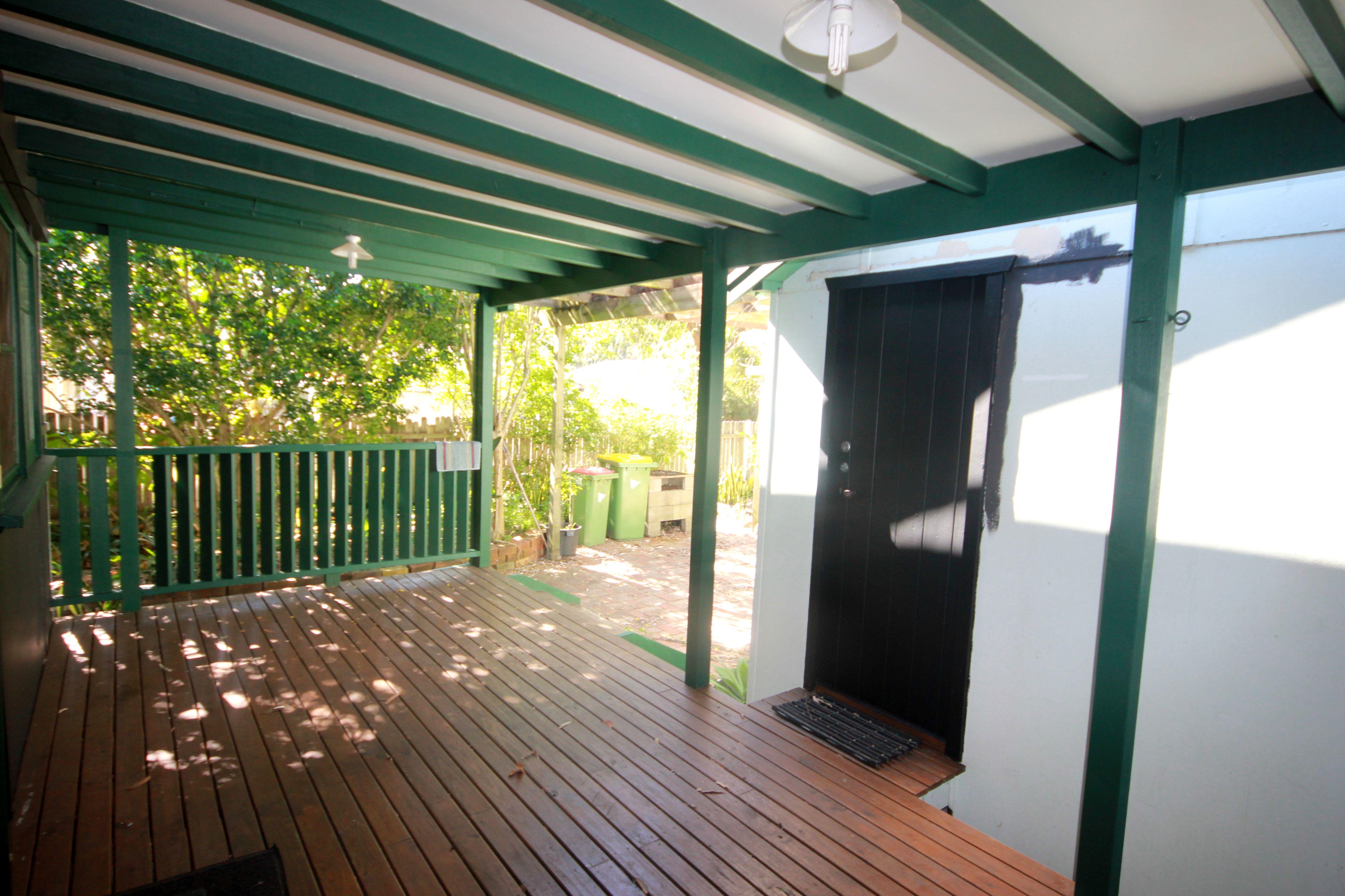 16 Banksia Street Ettalong Beach 2257