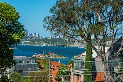 AUCTION THIS SATURDAY - Boutique charm and dazzling views