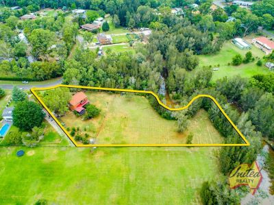 Boutique Acreage – So Close to Camden!