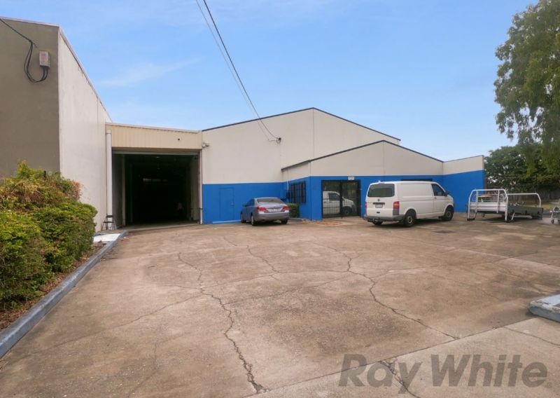 Large Stand Alone Warehouse Opportunity in Kippa-Ring