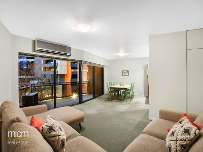 Huge Apartment with Sweeping North-easterly Views in North Wing of Riverside Apartments