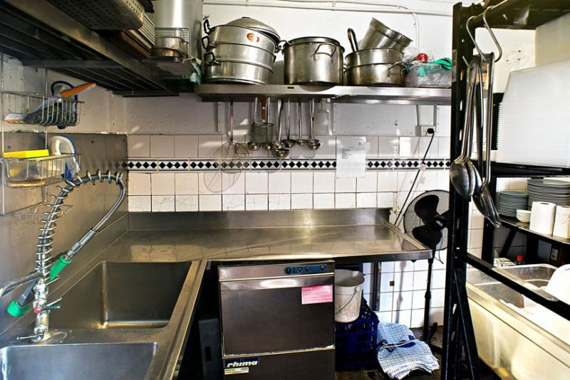 Ready To Go Cafe / Restaurant / Commercial Kitchen