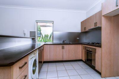 Quietly located top floor apartment