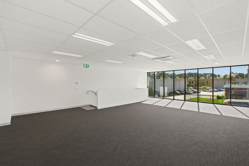 Ground Floor   Brand New Office + Incentives