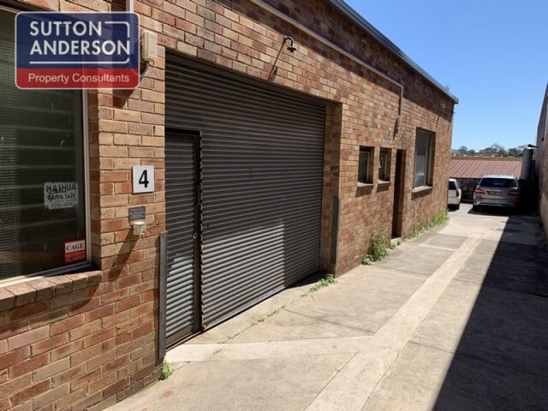 Warehouse In Ideal Location