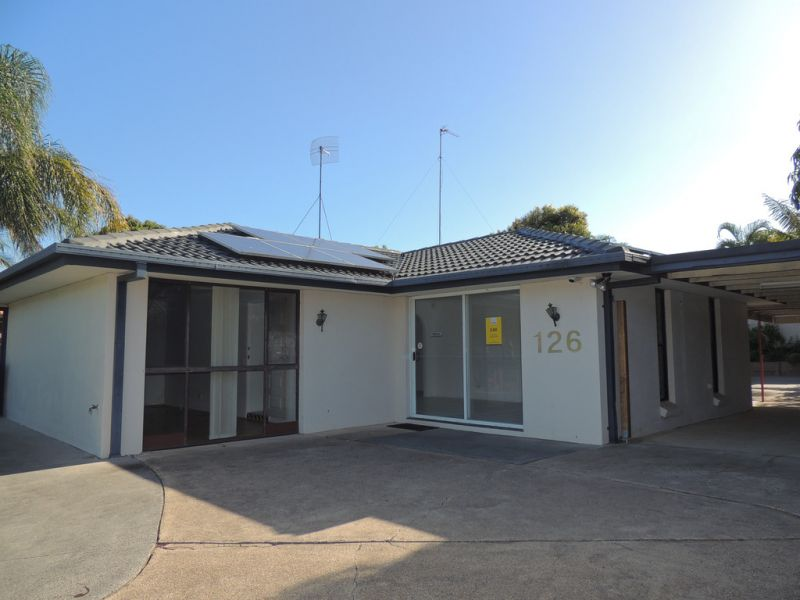 Commercially Zoned Freestanding Building - Motivated landlord ready to do a deal