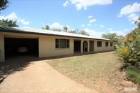 6 BEDROOM HOME ON 4.98 ACRES WITH SHEDS - POOL – BORE